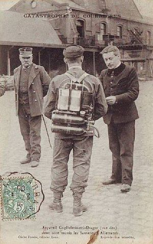 Ernest Guglielminetti - Courrières mine disaster - Rescuer equipped with Guglielminetti-Drager breathing apparatus