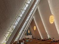 Catedral del Ártico, Tromsø, Noruega, 2019-09-04, DD 13-15 HDR.jpg