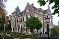 Characteristic estate houses at Oosterbeek is pleasant to see - panoramio.jpg