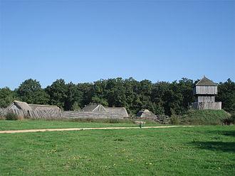 Saint-Sylvain-d'Anjou - Image: Chateau a motte saint sylvain