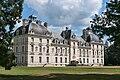 Cheverny-Chateau-VueTroisQuart1.jpg