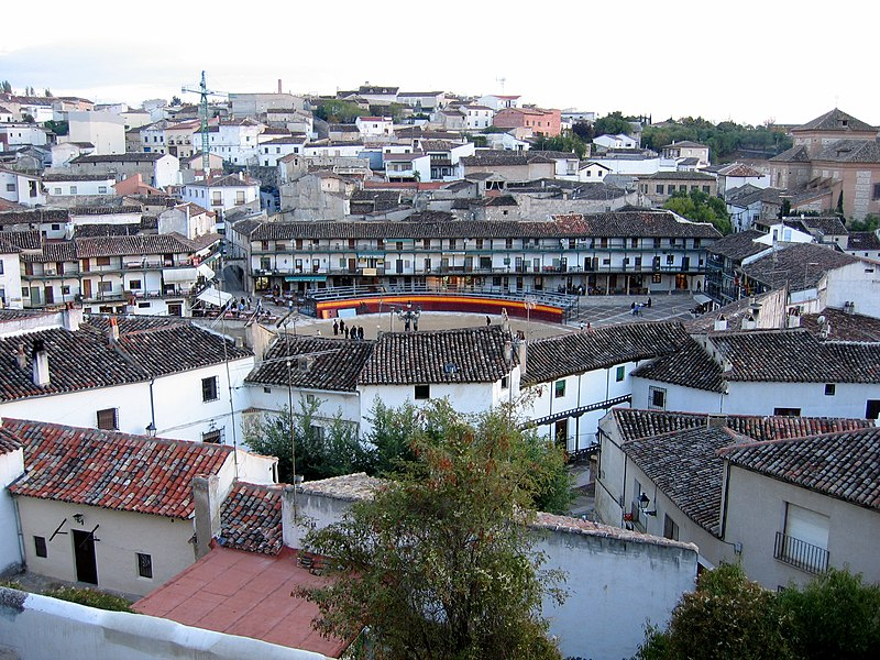 File:Chinchón (Madrid) 02.jpg