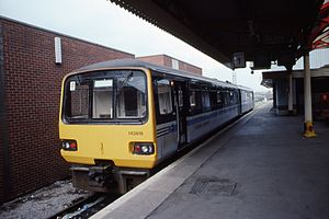 Wales & West - Image: Class 143 DMU 143 616 Platform 1 Bristol Temple Meads April 1993. (9922396484)