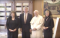 Clintons meet pope in 1994 Q.png