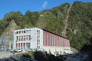 Cobb Power Station - Cobb Power Station, with penstock visible behind it