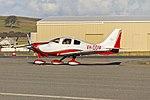 Columbia 400 LC41-550FG (VH-ODM) at Wagga Wagga Airport 2.jpg