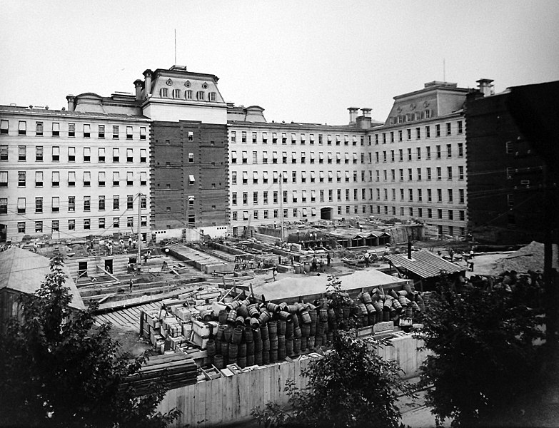 File:Construction of the State, War, and Navy Department Building (26834522234).jpg