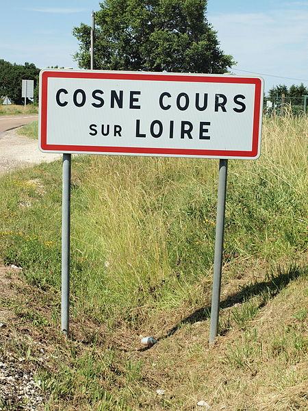 Cosne-Cours-sur-Loire (Nièvre, France); panneau d'agglomération