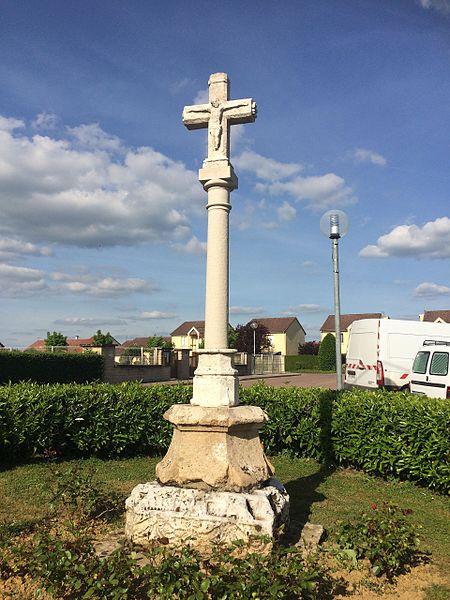 Croix de Champigny-lès-Langres.