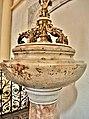 Cuve baptismale de l'église de Remiremont.jpg