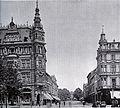 Düsseldorf, Elberfeldstraße. Links Eckhaus Witwe Schmitz-Lenders Alleestr. 24, (Otto van Els & Bruno Schmitz, 1882-1883). Rechts Eckhaus Johann Peters Alleestr. 26, (Bernhard Tüshaus & von Leo von Abbema, 1878).jpg