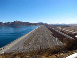 Diamond Valley Lake - The west dam of Diamond Valley Lake