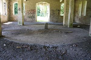 Dalle puits Sainte-Marie.JPG