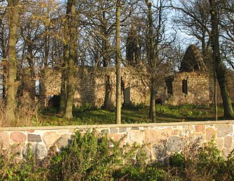 Bütow - Image: Dambeck church ruin