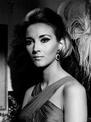 Daniela Bianchi - Daniela Bianchi in Requiem per un agente segreto (1966)