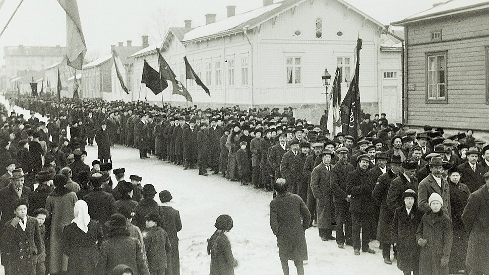 Demonstration in Turku 1917