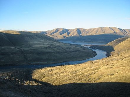 The Deschutes River at its confluence with the Columbia Deschutes River.jpg