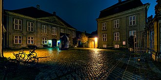 Danish Museum of Art & Design - The courtyard in front of the museum by night
