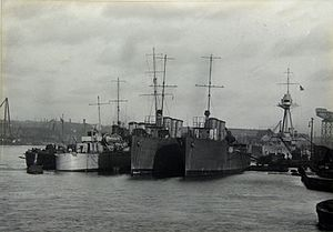 Destroyers moored at Hawthorn Leslie shipyard, Hebburn (15826921322).jpg