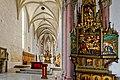 Die Marienkirche in Bad Mergentheim wurde aufwändig restauriert. Maria-Tod-Altar mit gotischen Chor.jpg