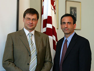 Valdis Dombrovskis - Photo of Prime Minister of Latvia, Valdis Dombrovskis (left) and U.S. Assistant Secretary of State for European and Eurasian Affairs Philip H. Gordon (right)