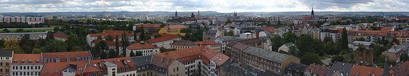 Blick auf Dresden-Neustadt von der Martin-Luther-Kirche