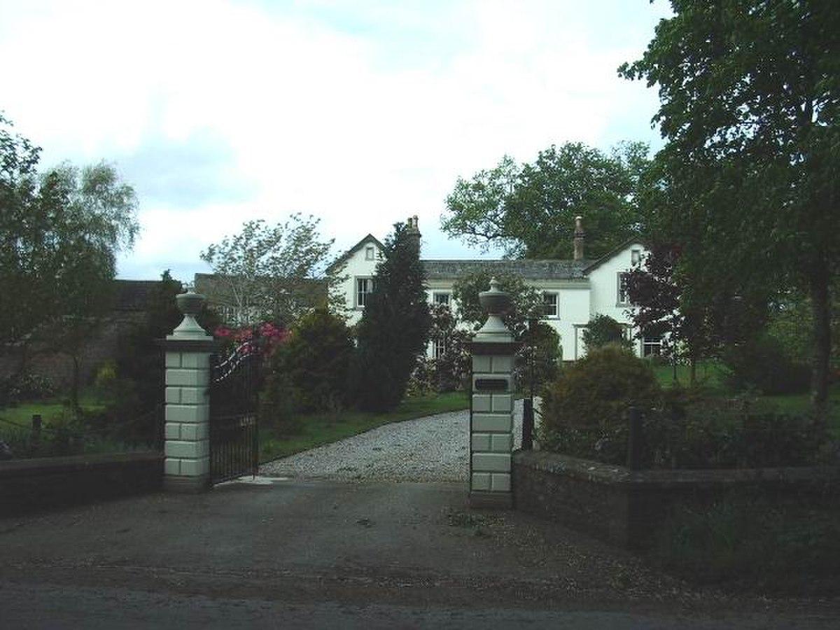 Dykesfield House - geograph.org.uk - 171867.jpg