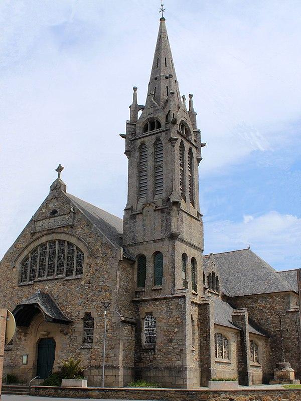 Eglise St Remi entree.jpg