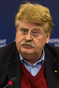 Elmar Brok Press conference Strasbourg European Parliament 2014-02-03 02.jpg