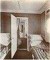 En suite room (9009645480).jpg