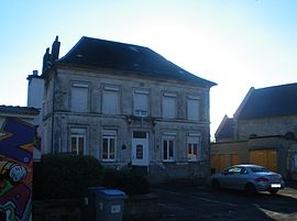 The town hall of Estrée-Cauchy