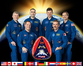 Expedition 34 crew portrait.jpg