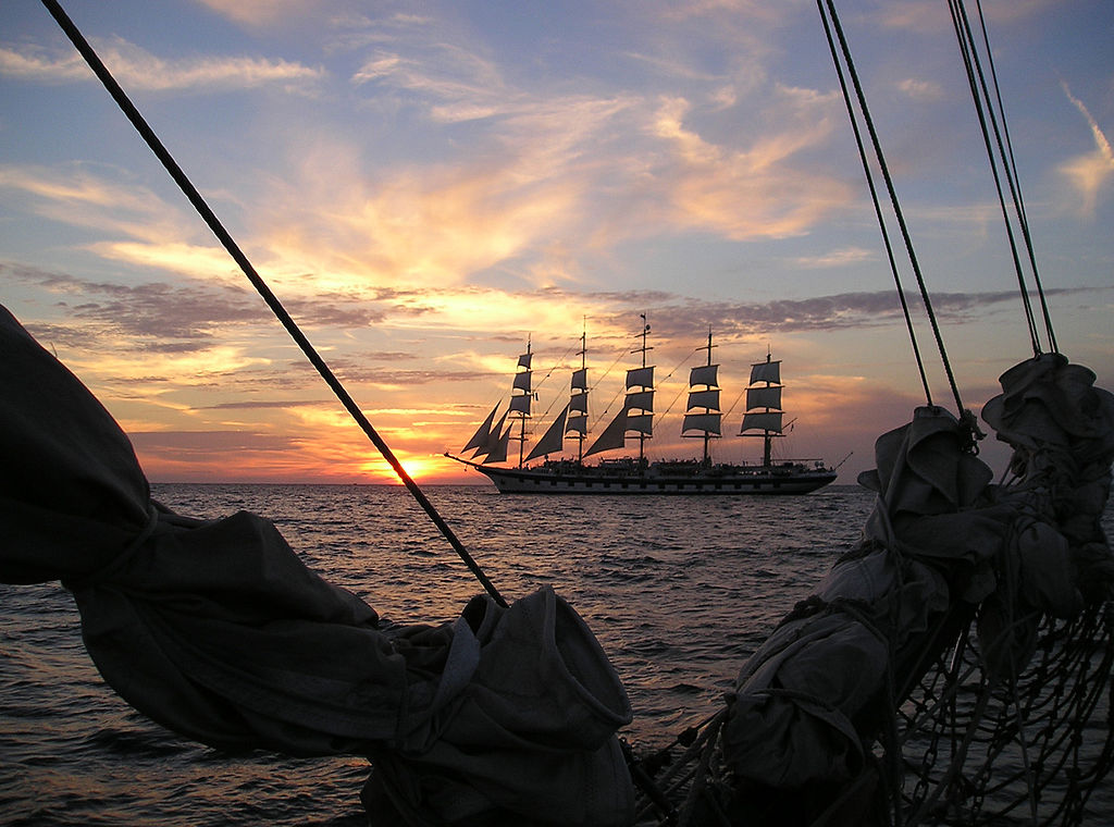 Le cinq-mâts Royal Clipper, au large de la Croatie. (définition réelle 2048×1536*)