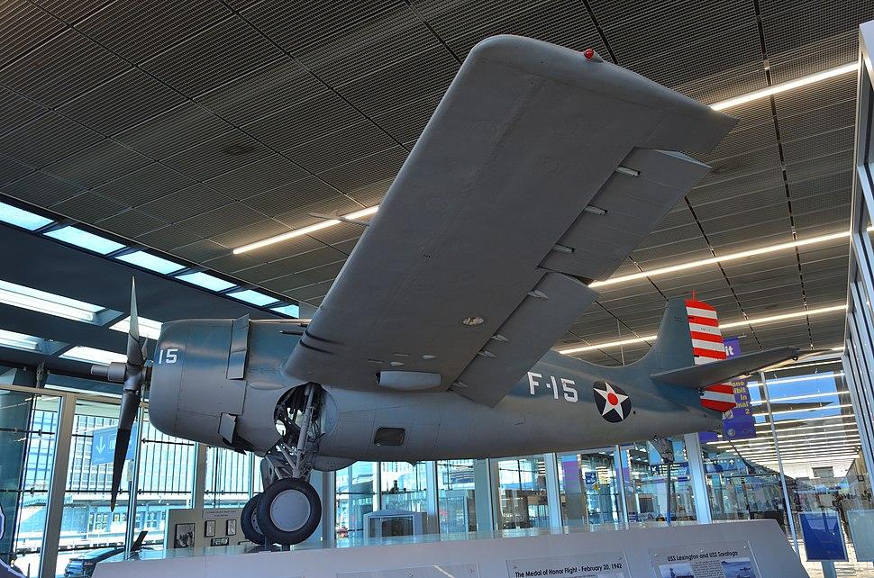 F4F-3WildcatOHareAirport-DLighting
