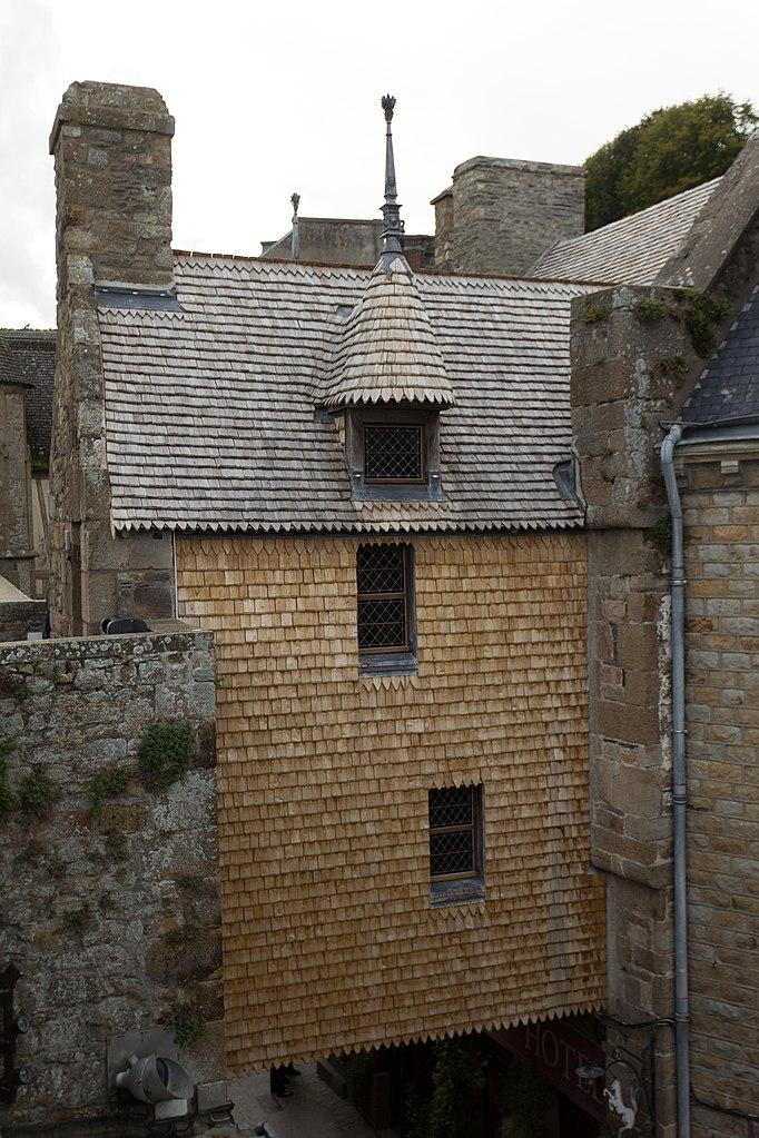 fichier fa ade est de la maison de l 39 artichaut le mont saint michel manche france jpg. Black Bedroom Furniture Sets. Home Design Ideas