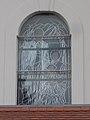 Festett üvegablak kívülről (1920-1940 között), Szent József templom, 2017 Dorog.jpg