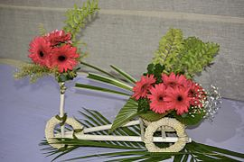 Floral design - Wikipedia on prefabricated house plans designs, economic project ideas, cool small house designs, economy housing designs, small farm house designs, economic art, economic home maps, vinyl flooring designs, economic books, economic services, economic landscapes designs, bedroom designs, economic living room design,