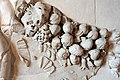 Frammento di fregio con amorini e ghirlande dall'esterno della cella del tempio di venere genitrice nel foro di cesare, età traianea, 113 dc ca. 02.JPG