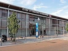 Maison Des Associations Place De L H Ef Bf Bdtel De Ville Bressuire
