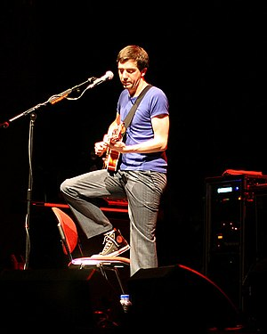Gary Lightbody - Lightbody in 2008, Bloomsbury Theatre in London