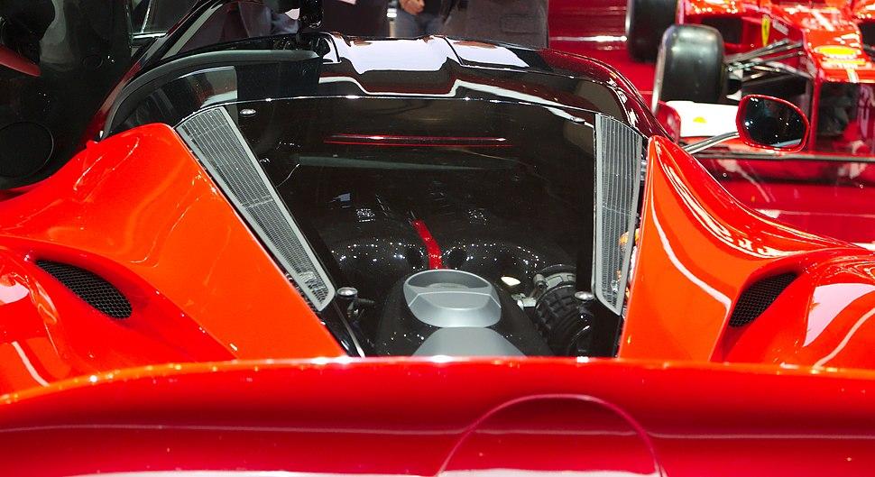 Geneva MotorShow 2013 - Ferrari LaFerrari engine