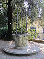 Giardino bardini, pozzo 01.JPG