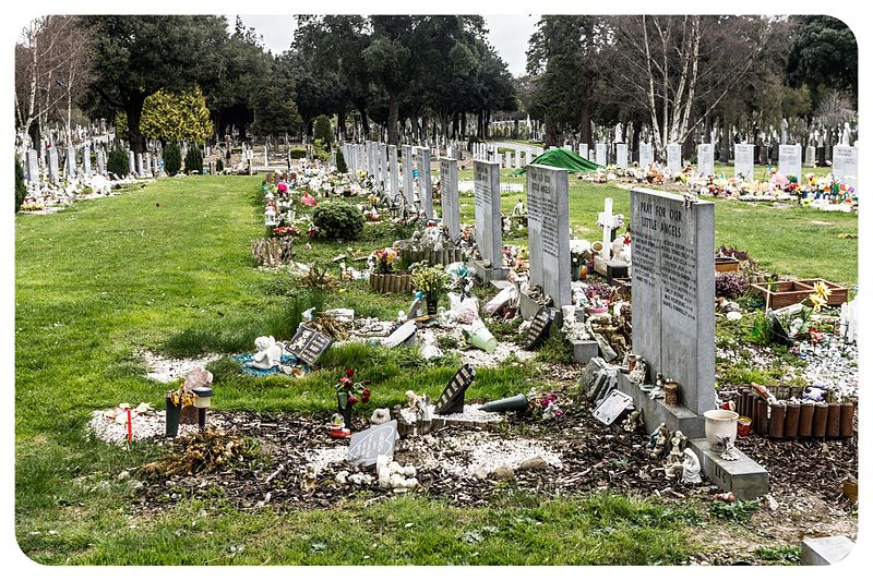 Glasnevin is one of the few cemeteries that allowed stillborn babies to be buried in consecrated ground and contains an area called the Angels Plot. (6905938656).jpg