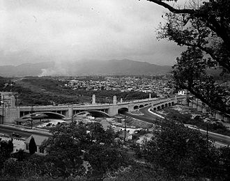 Atwater Village, Los Angeles - 1927 photo showing historic Glendale–Hyperion Bridge connecting Silverlake and Atwater Village.
