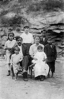 Arch Goins and family, Melungeons from Graysville, Tennessee, c. 1920s