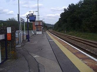 Gomshall railway station - Image: Gomshall railway station platform 1 in 2008