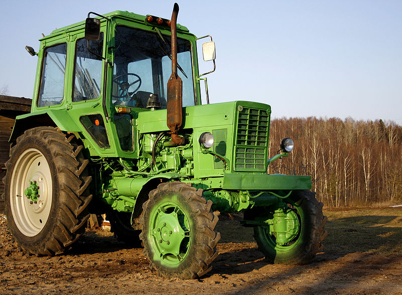File:Green tractor.jpg