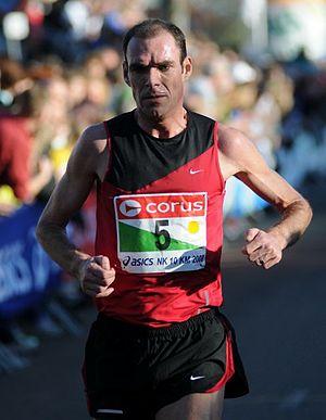 Egmond Half Marathon - Dutch runner Greg van Hest won in 1999 but the course was considered short.