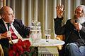 Gregor Gysi im Gespräch mit Harry Rowohlt am 9. Januar in Hannover (8367418818).jpg