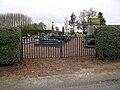 Gueudecourt cimetière (entrée) 1.jpg